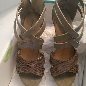 Maurice's wedge shoes 8M